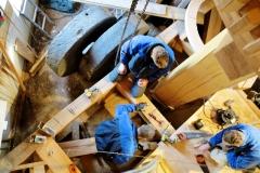 Bouw voorbereiden plaatsen molensteen 3